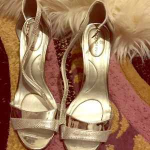 Bandolino heels size 7.5
